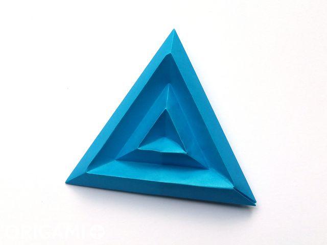 Tricorne Pixels for 3D Paper Wall Art - step 6