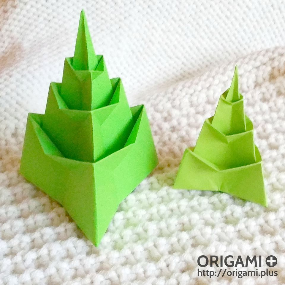 Origami Step by Step Instructions of a Christmas Tree | Free ... | 960x960