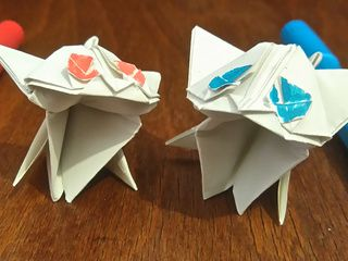 Two beautiful origami kittens