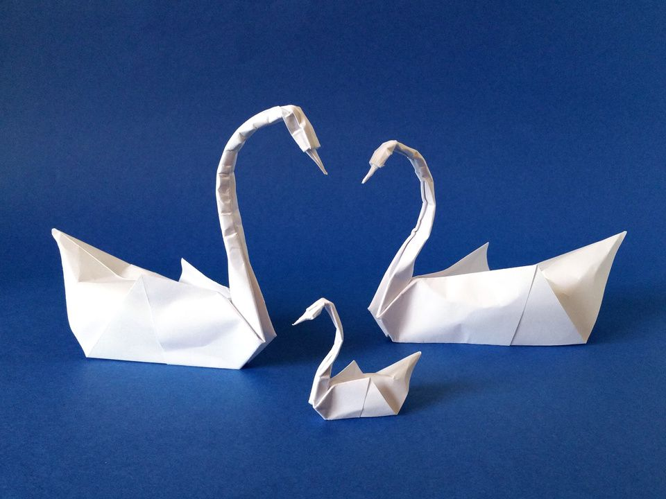 Origami Swans Couple And Swanling