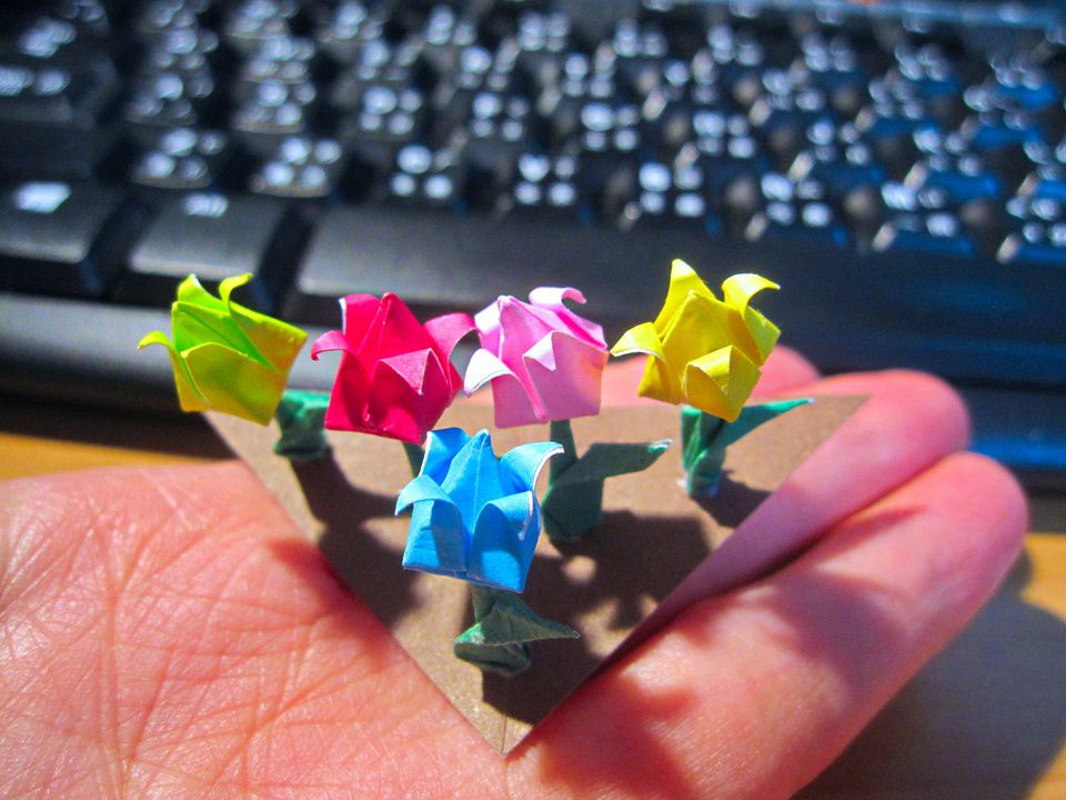 How to Make Origami Flowers - Origami Tulip Tutorial with Diagram ... | 720x960